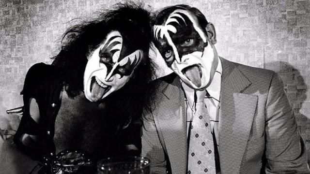 kiss-at-cadillac-high-school-1975-12