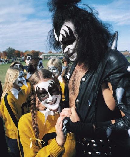 kiss-at-cadillac-high-school-1975-6